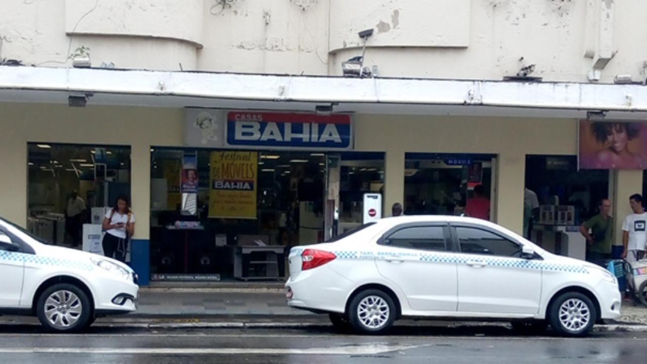 Casa Bahia é assaltada em Barra Mansa