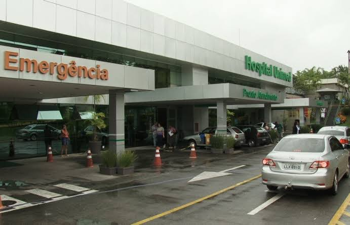 Diretor de Hospital de Volta Redonda minimiza doença e culpa imprensa