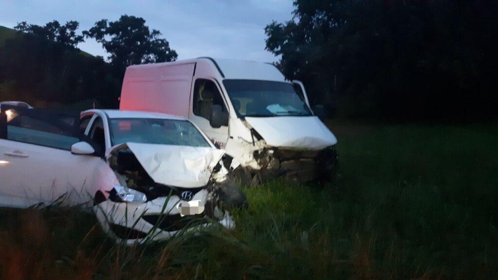 Idosa fica gravemente ferida em acidente na BR-393