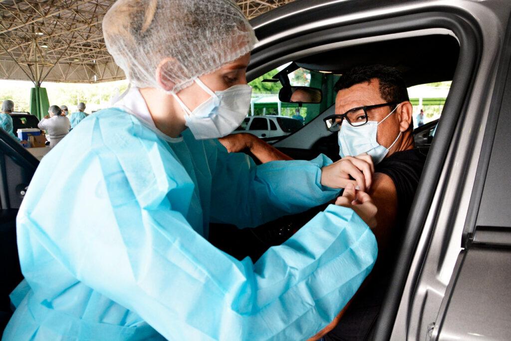 VR altera vacinação da Covid nesta segunda-feira